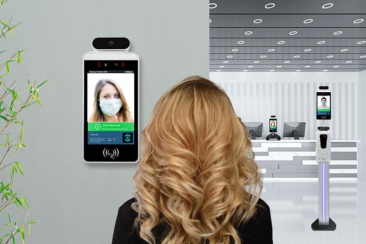 face recognition temperature measurement digital signage