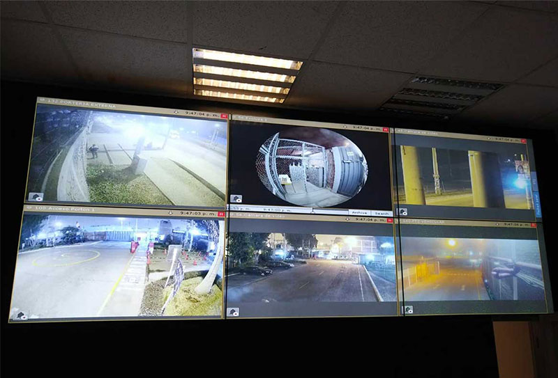 Control room video wall for public transportation control center