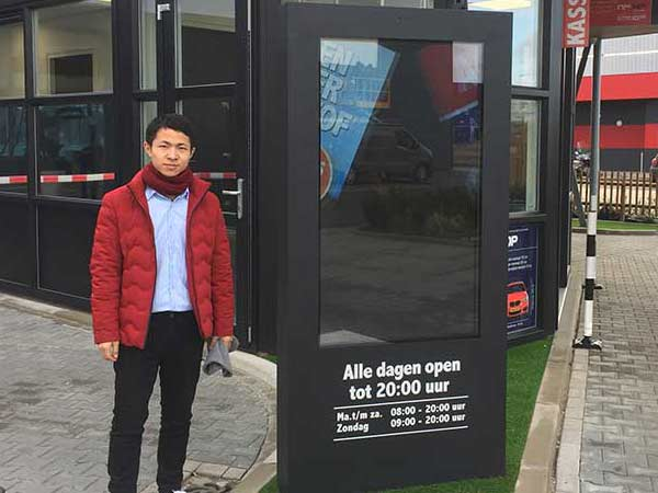 Outdoor digital signage display cases in Singapore